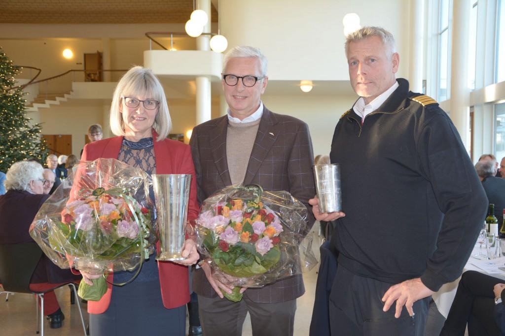 Lone Marie Koch (t.v.) modtog Luftfartspokalen, mens Lars Erik Nielsen (midten) og Lasse Rungholm modtog Ellehammer Prisen. Foto: Preben Pathuel