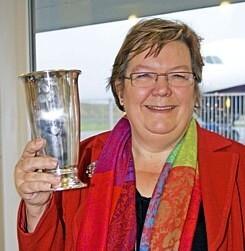 Susanne Larsen, adm. direktør i SAS Danmark, modtog Luftfartspokalen 2007. Foto: Bjarne Lüthcke.
